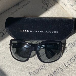 Marc by Marc Jacobs Oversized Sunglasses, Black